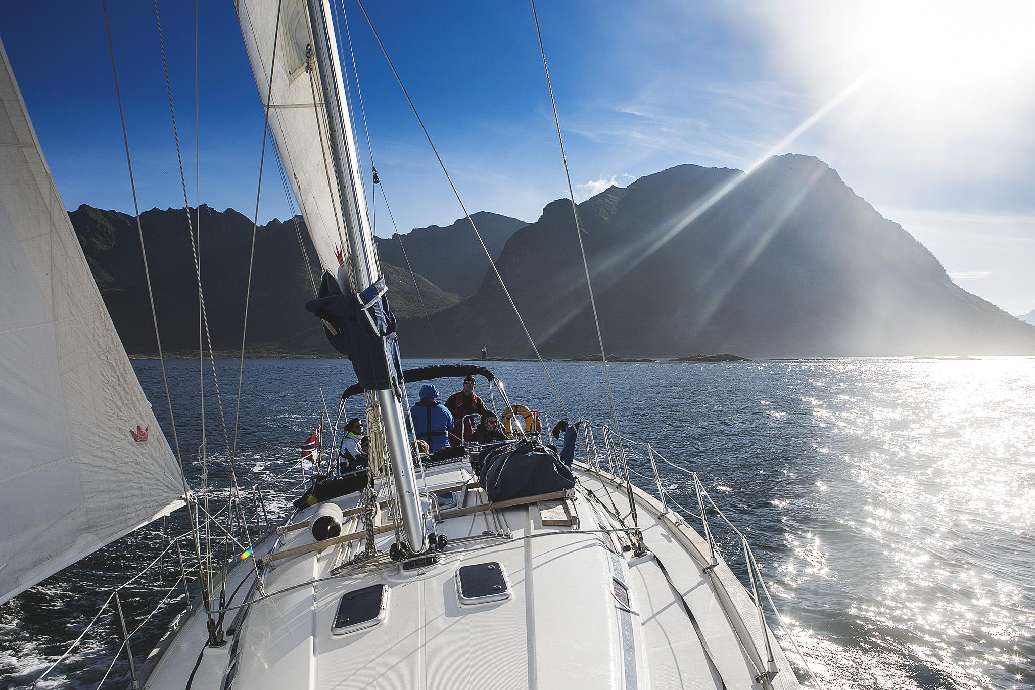 Barske Gleder – på tur gjennom Lofoten, Vesterålen og Senja